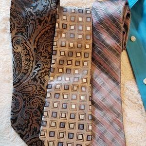 Bundle of 3 Ties